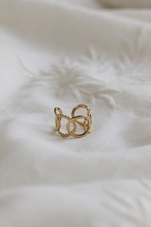 Scarlet Ring