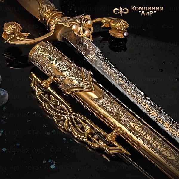 Украшенные изделия «АиР» представлены на выставке Гильдии мастеров-оружейников Златоуста в резиденци