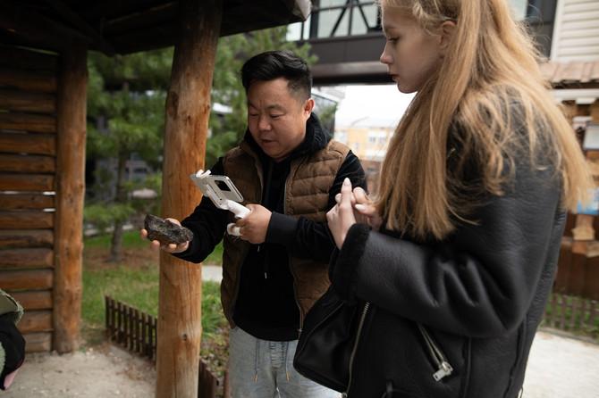 Китайский видеоблогер добрался до «АиРовки» в поисках уникального контента.