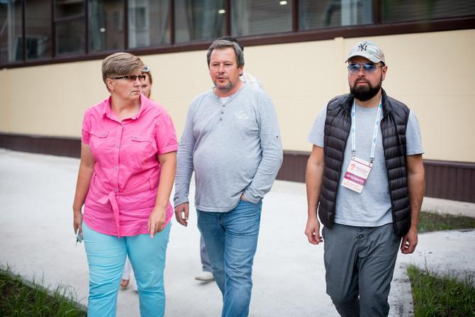 VIP-делегация региональных министерств культуры посетила Оружейную слободу «АиРовка».