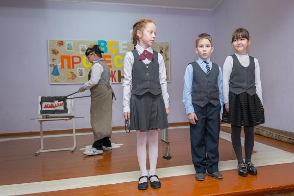 Златоустовские школьники узнали о профессии Кузнеца на экскурсии в «АиРовке».