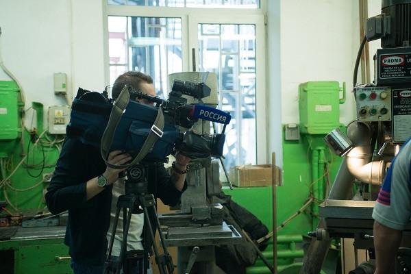 Внимание, камера, мотор! Телеканал «Россия 1» в сюжете о Златоусте расскажет про «АиРовку».