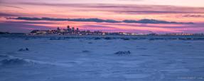 Québec et le fleuve gelé