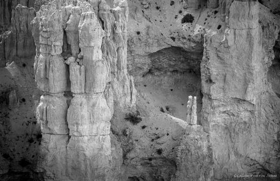 Mesa Verde, couple en pierre dans la falaises du canyon