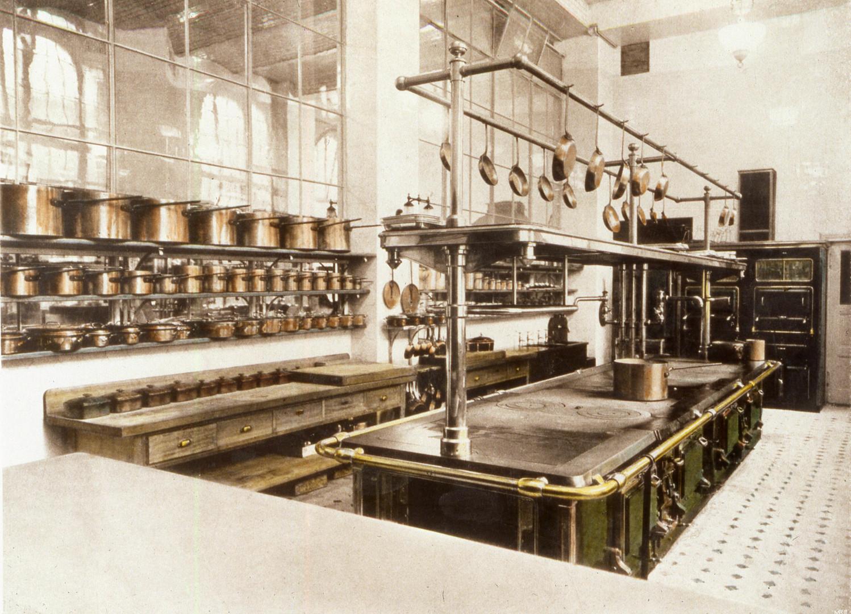 AH vintage kitchen.jpg