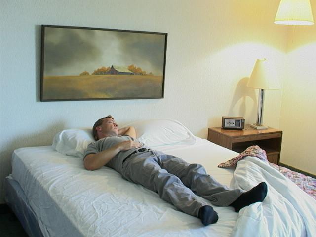 HG Motel Bald bed 3.jpg