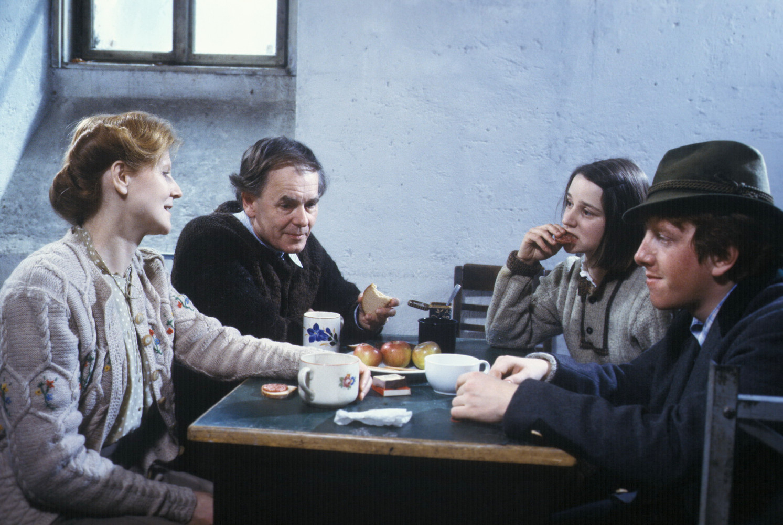 Five tea party.jpeg