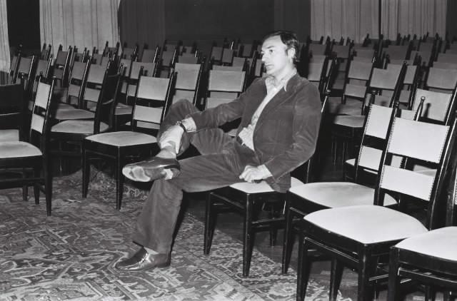 P&E_PA_1963 empty seats.jpg