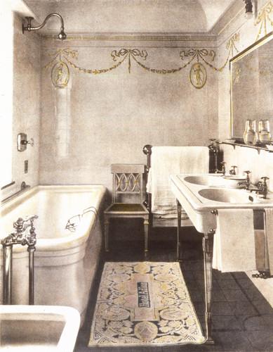 AH vintage bathroom.jpg
