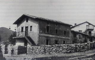 ESCUELA DE TRIANO 1913.jpg