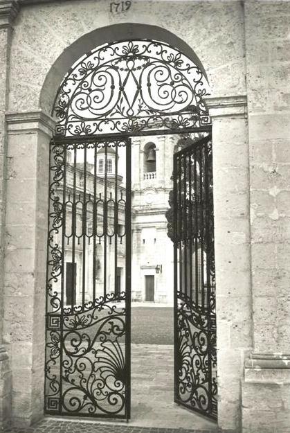 Doorway, Mellieha, Malta