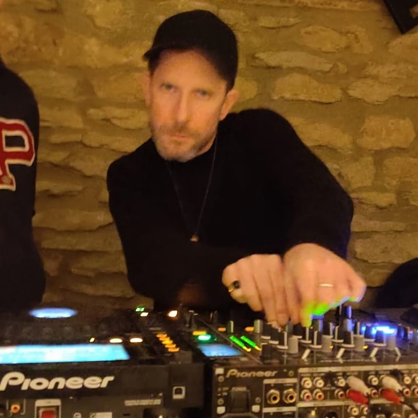Gavin (nd3c3nt) - House & Techno DJ Set