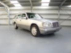 W124 GREEN INT 305.JPG