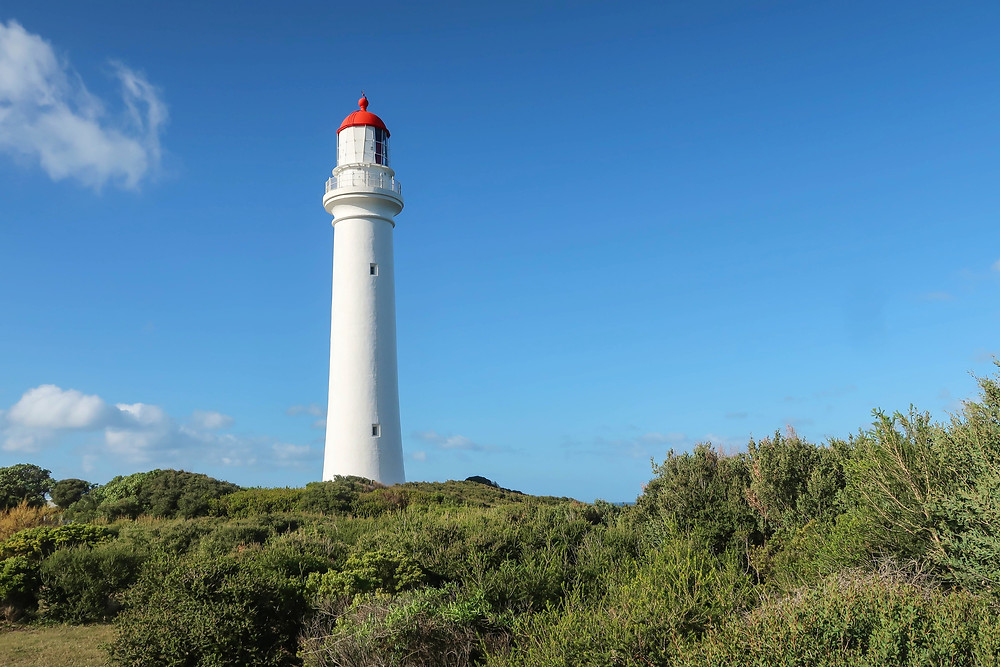 photos of split point lighthouse on the great ocean road, parched around the world blog