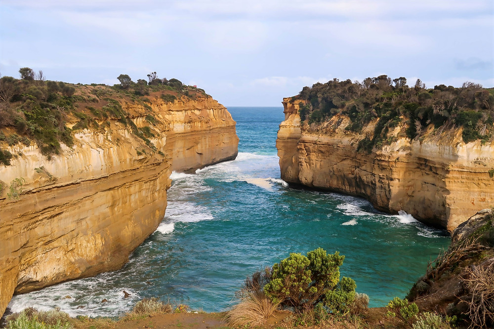view overlooking loch ard gorge, blue waters of australia, where is australia's shipwreck coast