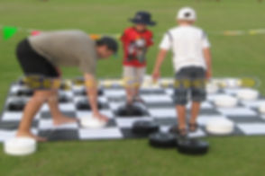 Giant-Checkers.jpg