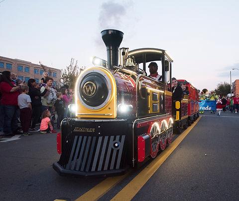 Trackless Train1.jpg