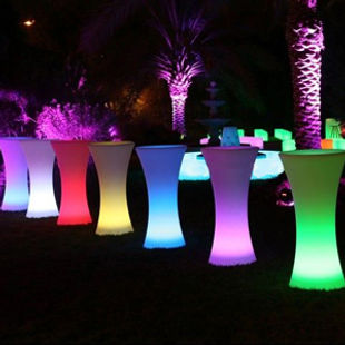 led-cocktail-table-2web02.jpg