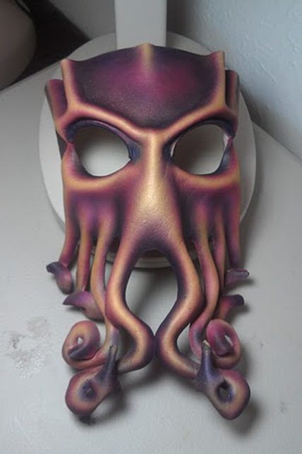 Custom leather Cthulhu mask (adult sized)