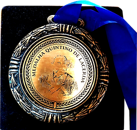 Medalha%20Quintino%20Frente_edited.png