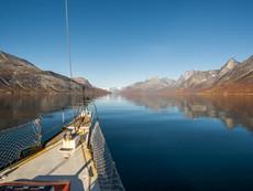 Segeln im Tasermiut Fjord