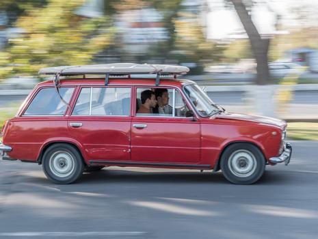 Usbekistan - Tashkent Auto Mitzieher
