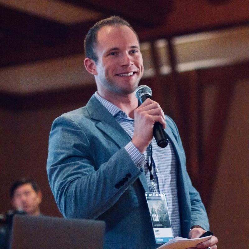 CEO - Qloud Sherpas   Axel York