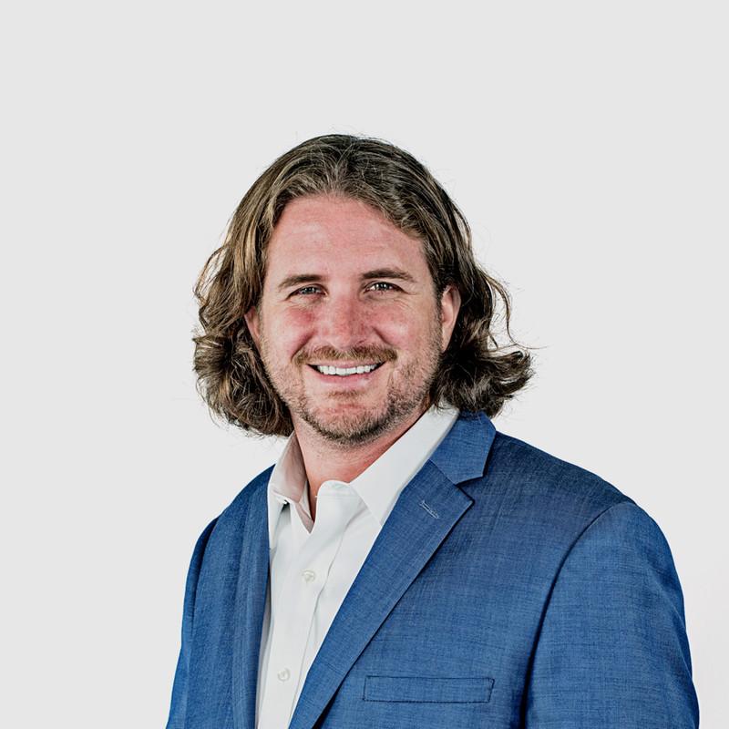 Episode 9 - VR/AR CEO | Hayes Mackaman