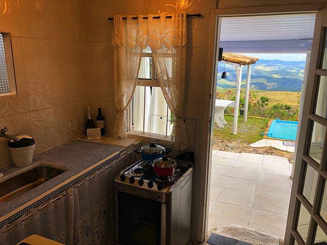 Agora o chalé Gnomo tem cozinha  Vagas a