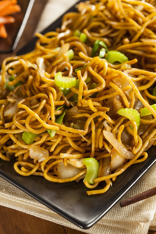 Vegetable Tofu & Cashew Chow Mein