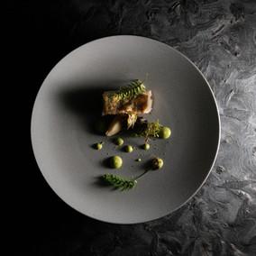 Spring zander with peas