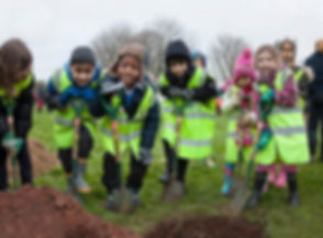 Mayor-tree-planting-Eastville-Park-chris-bahn-17_edited.jpg