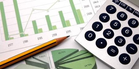 calculette et graphiques verts.jpg