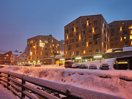 Ski resorts available as home office places
