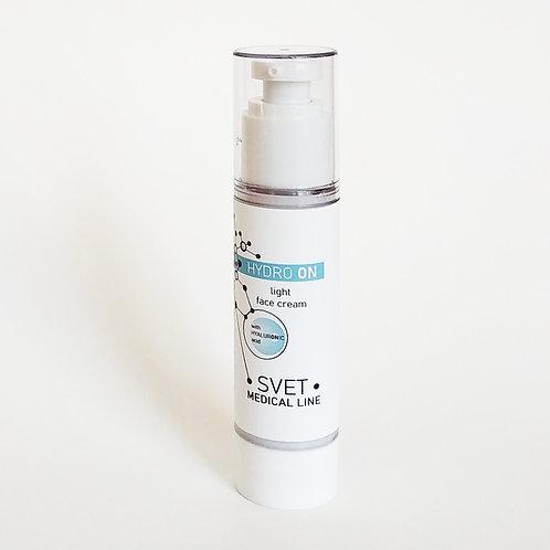 Легкий зволожуючий крем для всіх типів шкіри 50 мл