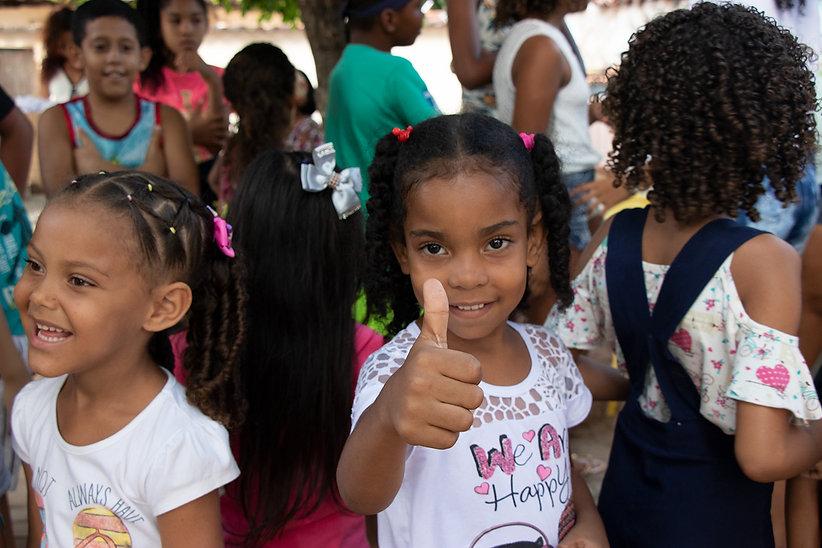 Favela Kids 001.jpg