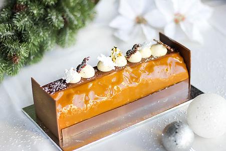 Buche de Noel Chocolate Caramel.jpg