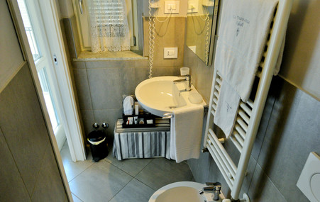 bagno camera 6