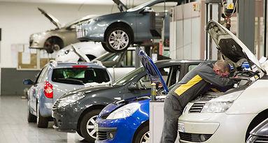 Renault Service.jpg