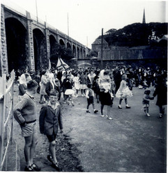 Scots pipe band, 1965.jpg