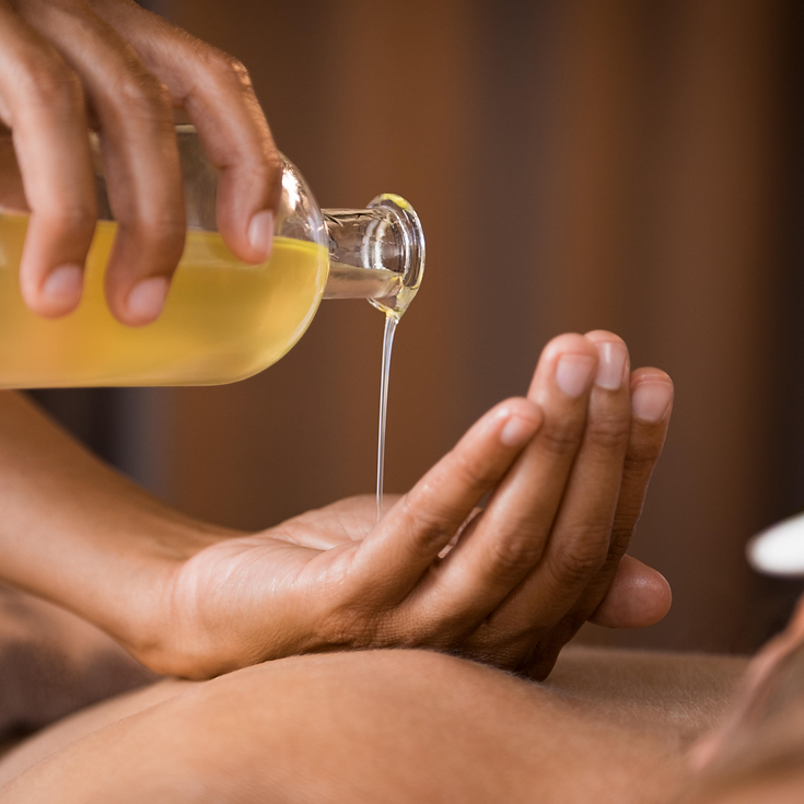 Aran Islands seaweed oil massage, massag