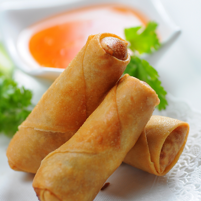 Handmade glass noodle spring rolls with shredded vegetables - Siam Street Food Healthy Tha