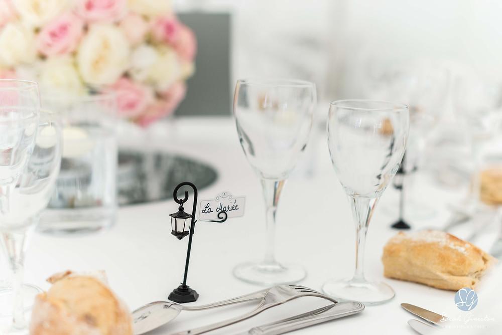 Photographe mariage Paris dîner table décoration Manoir de Mon Père