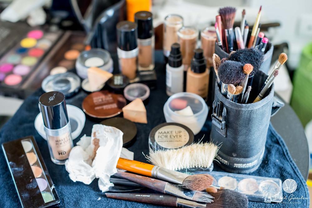 Photographe mariage Paris préparatifs mariée maquillage Manoir de Mon Père