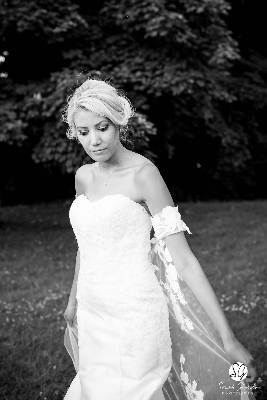 Photographe mariage Paris mariée robe Manoir de Mon Père