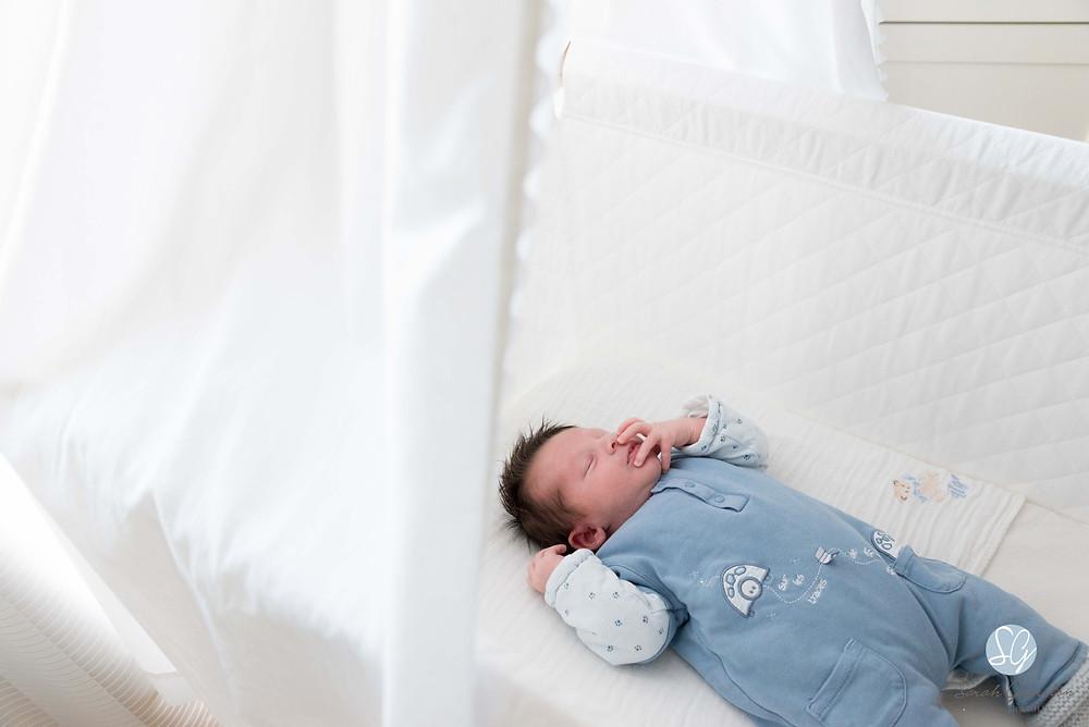 Photographe bébé nouveau-né Annecy Aix-les-Bains Chambéry Savoie Haute-Savoie