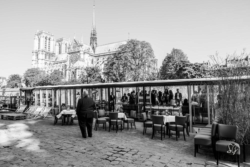 Photographe mariage Paris La nouvelle Seine péniche Notre Dame