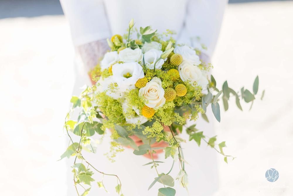Photographe mariage Aix-les-Bains Annecy Chambéry Savoie Haute-Savoie bouquet mariée