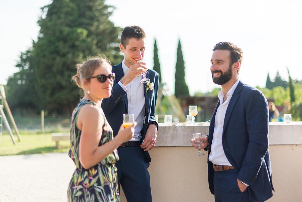 Photographe mariage Mas de Loisonville Grillon vin d'honneur Provence Gard Lubéron
