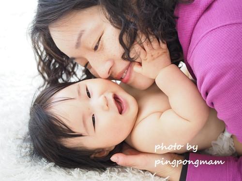 赤ちゃんとママのラブラブショット♡│ベビーフォトおうちスタジオぴんぽんまむ│さいたま志木新座